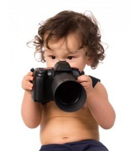 B a ba de la photographie : Un bébé photographe